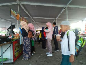 Berkeliling di Bazar Gelar Produk Pelaku Makanan Minuman Craft dan Fashion Istimewa Yogyakarta